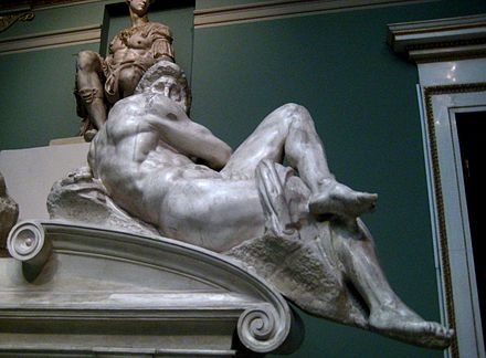440px-Tomb_of_Giuliano_de'_Medici_(casting_in_Pushkin_museum)_by_shakko_04